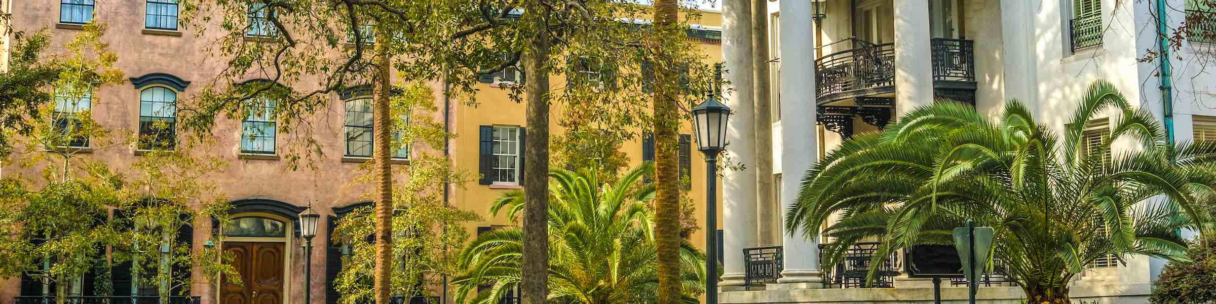 The Philbrick-Eastman House and other buildings surrounding Chippewa Square, Savannah, GA.