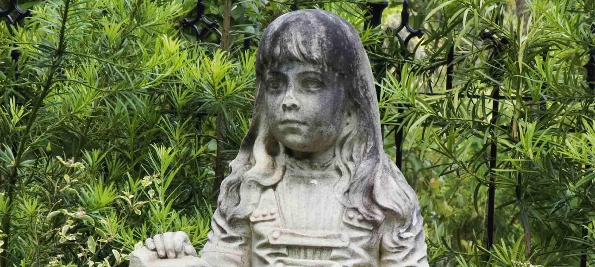 Statue of Gracie Watson in Bonaventure Cemetery, Savannah, GA.
