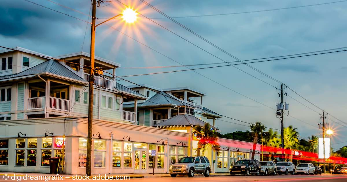 tybee island jewish dating site Facts that are so bizarre they seem fake  the bomb fell near tybee island,  only in films that jewish slaves built the egyptian pyramids.